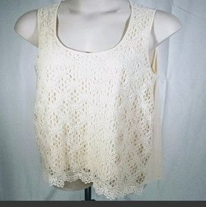 Cable & Gage Size 1x Crotchet Crop Tank Top Cream